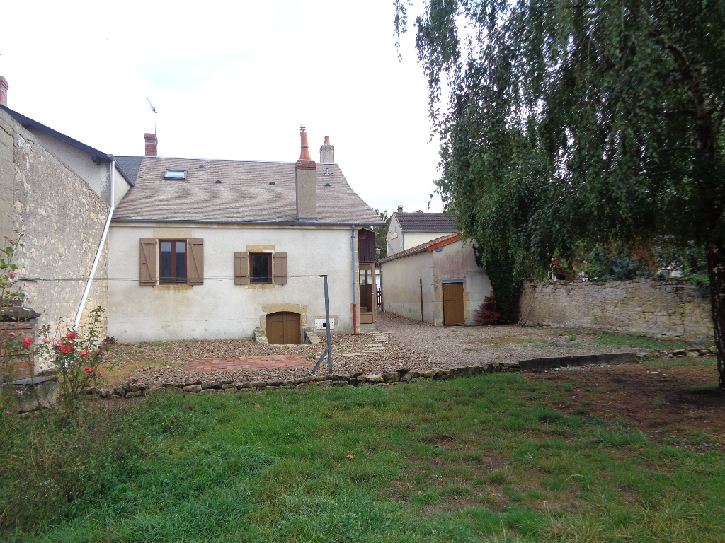 AGREABLE MAISON ANCIENNE DE 87 M² HABITABLES